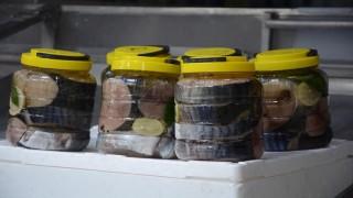 Lakerda 2 kiloluk kavanozlarda 400 liraya satışa çıktı
