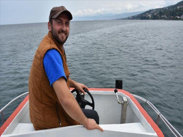 Trabzonlu balıkçının ağına takılan köpek balığına sözleri Karadeniz fıkralarını aratmadı